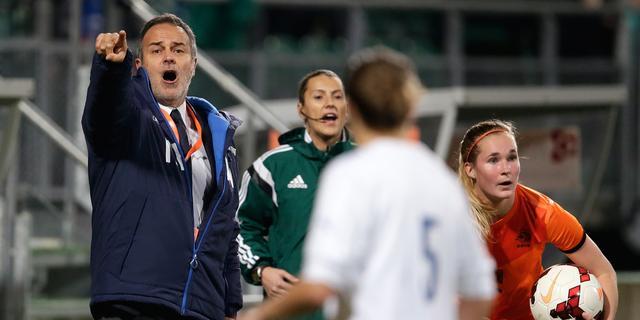 Cabrini hoopt op 'massale steun' fans tegen Oranjevrouwen