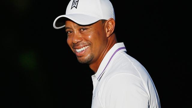 Woods gaat meteen voor winst bij rentree na vier maanden blessureleed