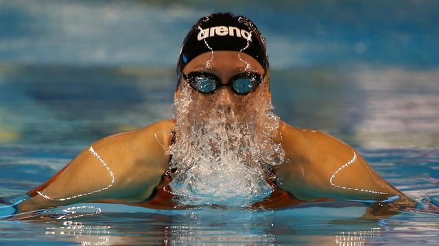 Nijhuis zwemt opnieuw Nederlands record, Van Rouwendaal naar finale