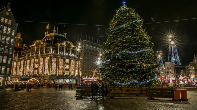 Bekende Nederlanders wensen iedereen een fijne kerst