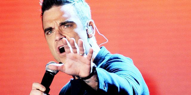 Seksaanklacht tegen Robbie Williams en vrouw