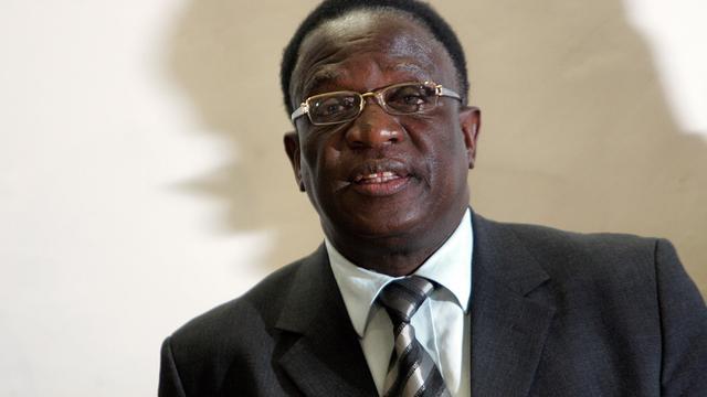 Nieuwe president Zimbabwe zet legerfiguren op ministersposten