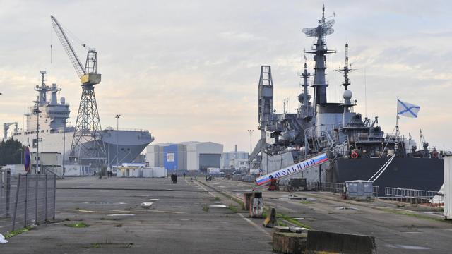 'Rusland wil 1 miljard schadevergoeding Frankrijk om mislopen vliegdekschepen'
