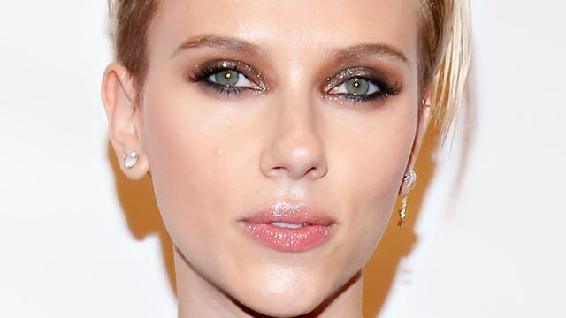 Scarlett Johansson sport veel voor kerst