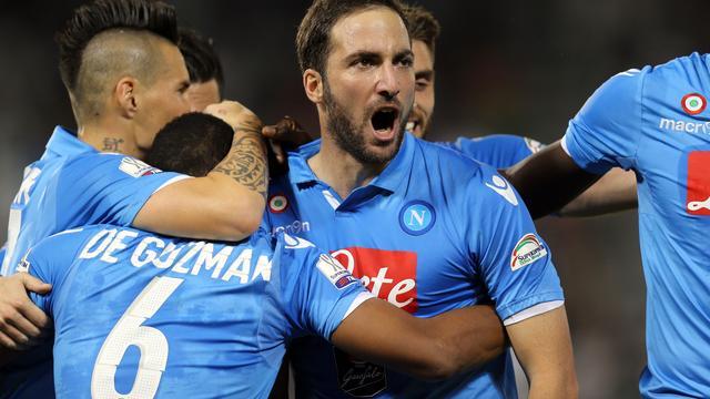 Napoli verovert Italiaanse Super Cup na bijzondere strafschoppenreeks