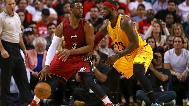 LeBron James verliest met Cavaliers bij oude ploeg Miami Heat