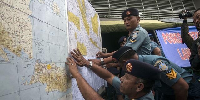 'Drijvende objecten' in zoekgebied AirAsia niet van vermist toestel
