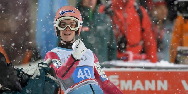 Kraft sterkste in openingswedstrijd Vierschansentournee
