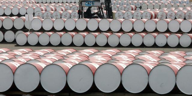 Oliekartel OPEC en Rusland weer in overleg over verhoging olieproductie