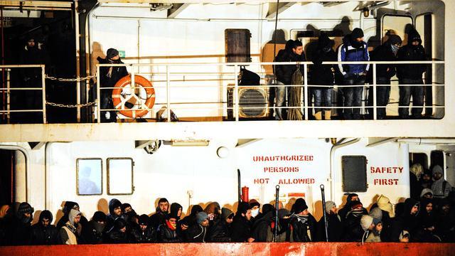 Onduidelijkheid over doden op migrantenschip Blue Sky