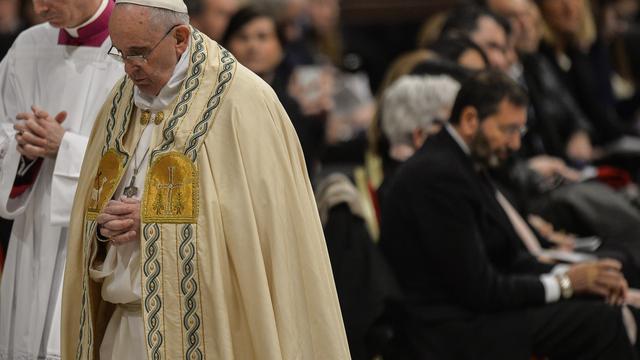 Spaanse priesters aangeklaagd voor misbruik minderjarigen