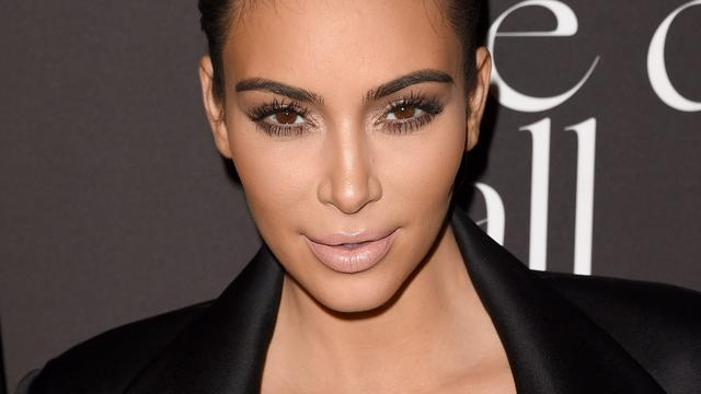 Kim Kardashian geeft workshop make-up