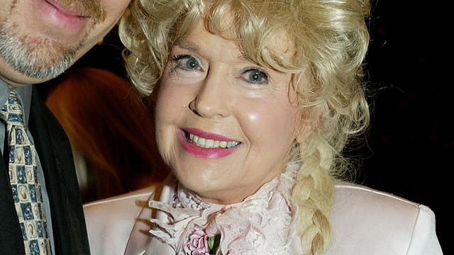 Beverly Hillbillies-actrice Donna Douglas (81) overleden