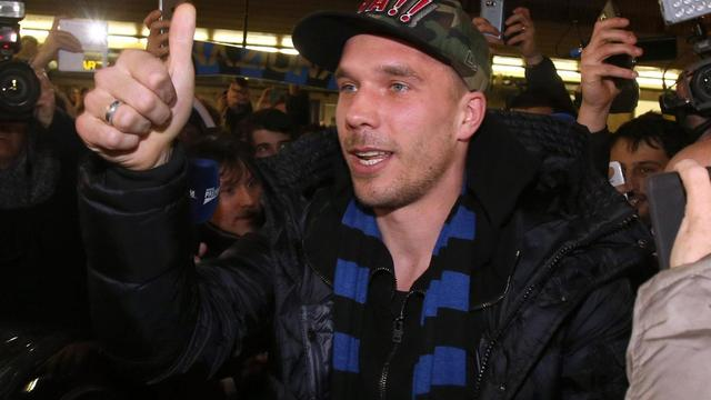 Podolski op huurbasis van Arsenal naar Internazionale