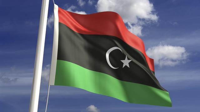 Luchtmacht Libië brengt schip tot zinken