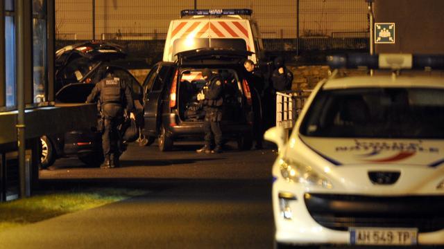 Jongste verdachte aanslag Parijs geeft zich aan