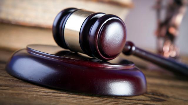 12 jaar cel voor doodsteken 74-jarige vader