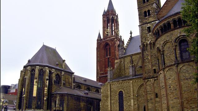 Kerken halen weer minder geld binnen