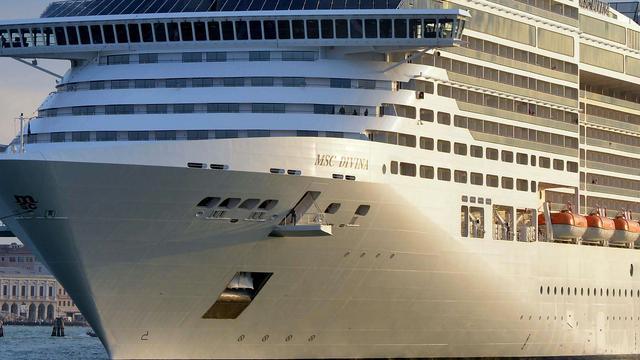 '86-jarige vrouw woont al zeven jaar aan boord van cruiseschip'