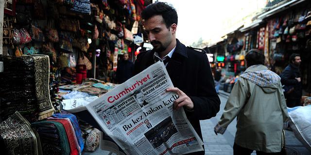 Turkse aanklagers onderzoeken publicatie Charlie-prenten in Turkse krant