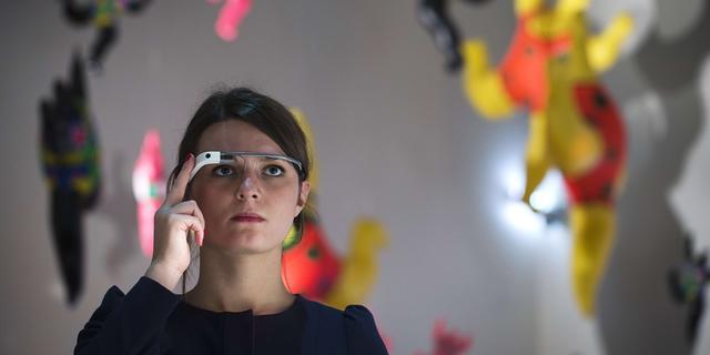 'Google blijft werken aan consumentenmodel Google Glass'