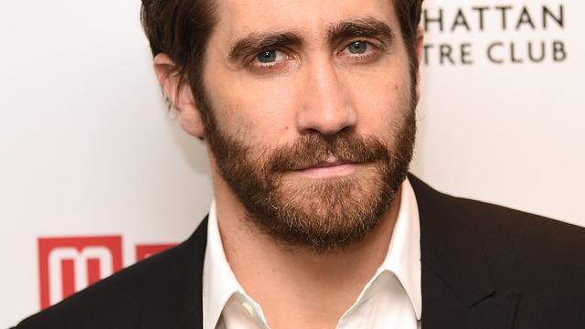 Jake Gyllenhaal en Ruth Wilson zoenend gezien
