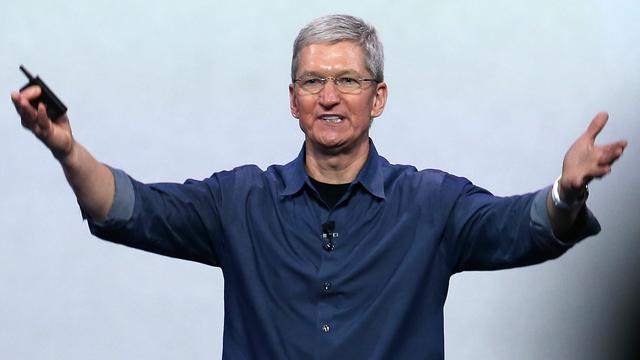 Apple-directeur Tim Cook ziet salaris verdubbelen naar 9,22 miljoen dollar