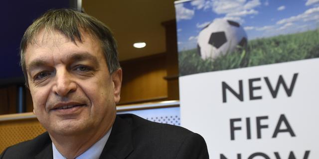 Champagne verbaasd over FIFA-kandidatuur Van Praag