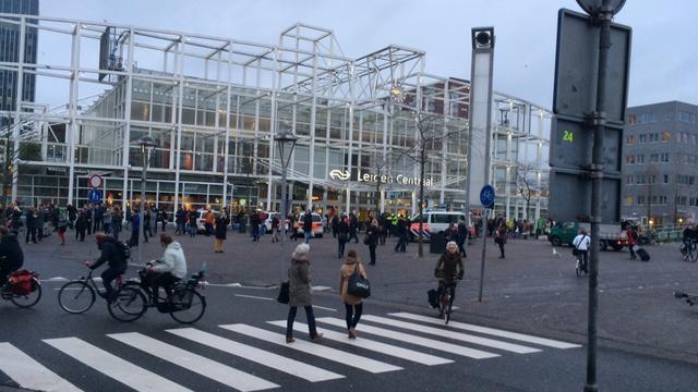 Perron Leiden Centraal korte ontruimd vanwege verdachte tas