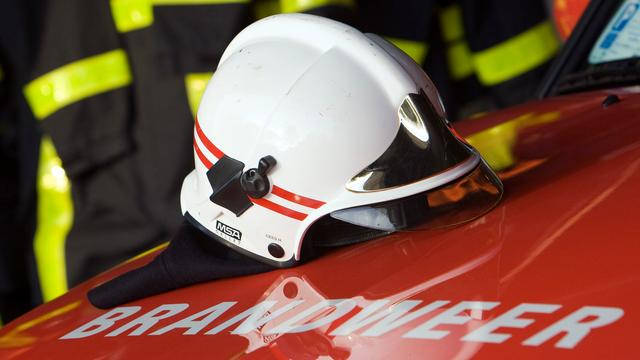 Auto in brand op Ring Oost