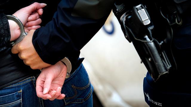 Inbreker op dak schuurtje ontsnapt niet aan politie