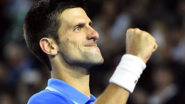 Djokovic verslaat Wawrinka en plaatst zich voor finale