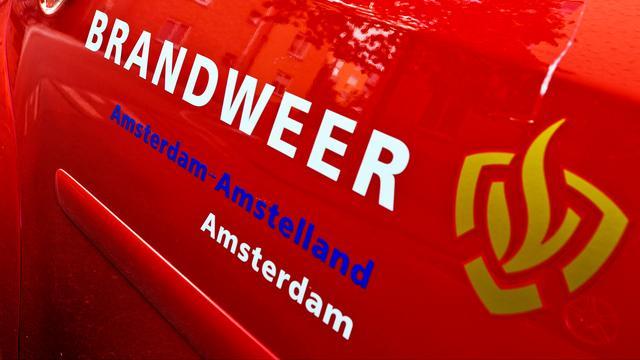 Woning onbewoonbaar na zolderbrand in Amsterdam-Noord