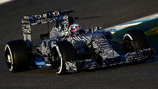Red Bull toont nieuwe Formule 1-wagen in Jerez