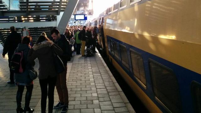 Treinverkeer in loop van avond weer volgens dienstregeling na storing