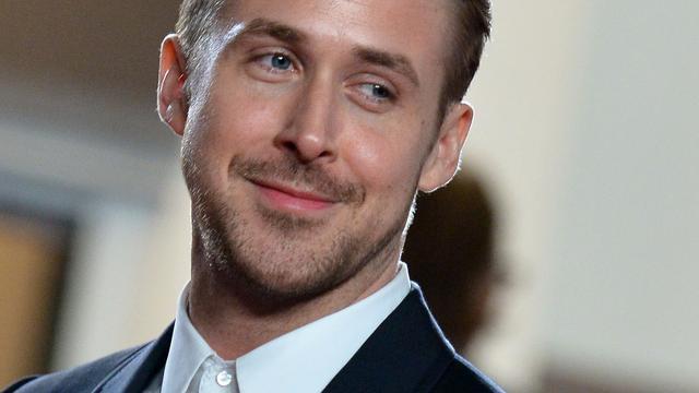 Ryan Gosling komt op voor kippen in kooien