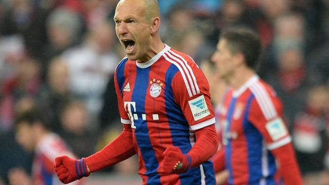 Goal Robben niet genoeg voor tien man Bayern tegen Schalke