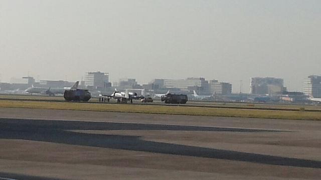 Amerikaans gevechtsvliegtuig maakt voorzorgslanding op Schiphol