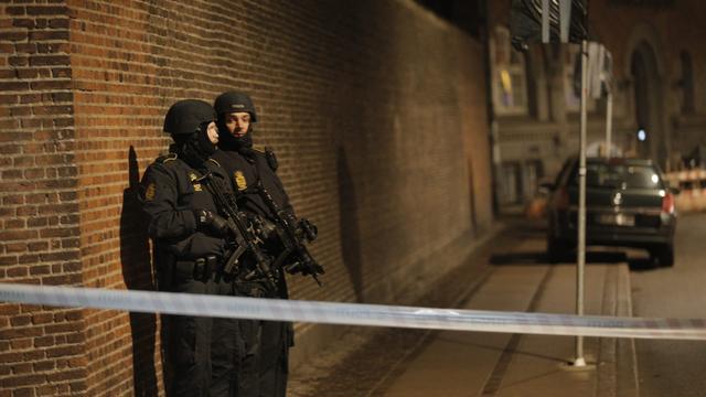 Doden en gewonden bij drie schietpartijen in Kopenhagen