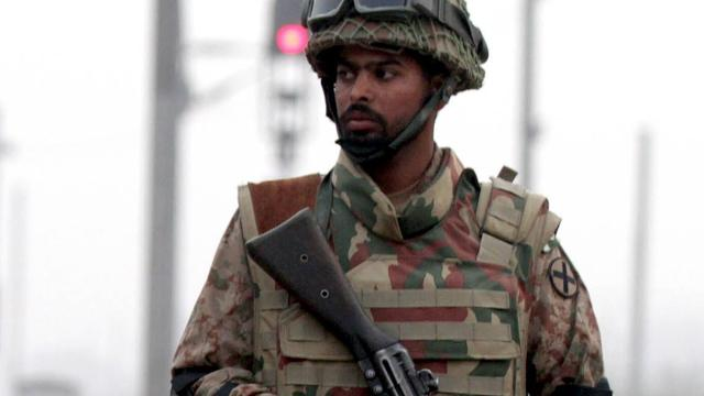 Zeker 17 doden bij bombardementen Pakistan