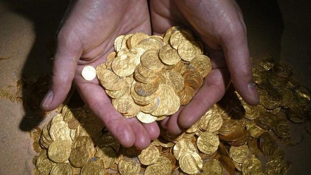 Duikers ontdekken grote goudschat in Israël