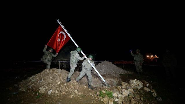 Turkije evacueert militairen uit enclave in Syrië