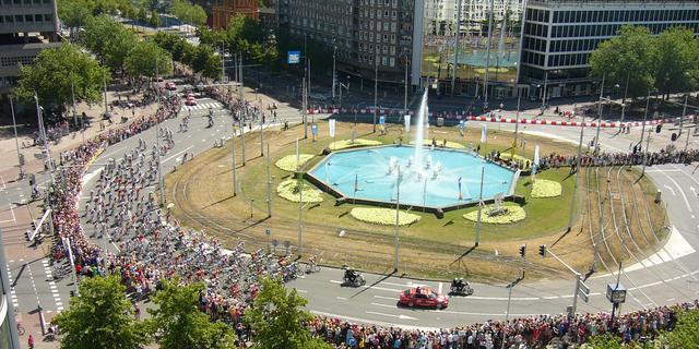 Zo wil gemeente Rotterdam het Hofplein transformeren tot wandelplein