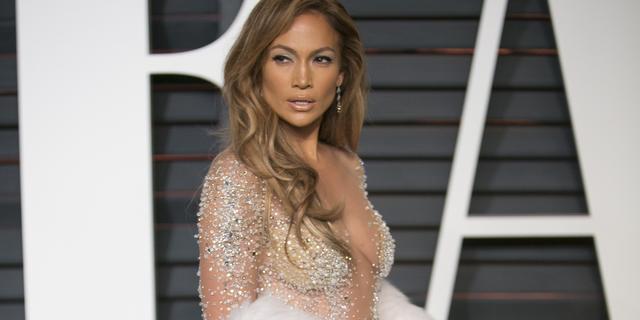 Verschillende Oscar-jurken online te koop aangeboden