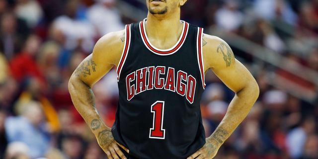 NBA-ster Derrick Rose moet weer knieoperatie ondergaan