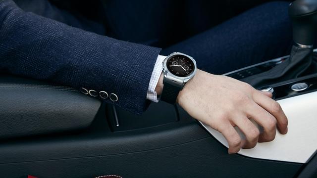 4G-versie luxesmartwatch LG draait niet op Android Wear