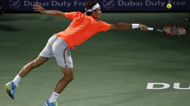 Federer eenvoudig naar halve finales, Coric stunt tegen Murray