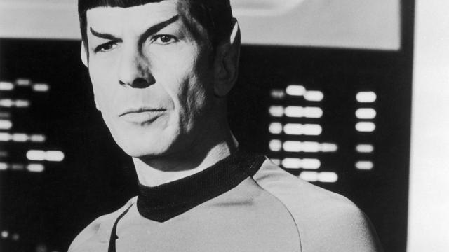 Zoon Leonard Nimoy haalt geld op voor Spock-documentaire