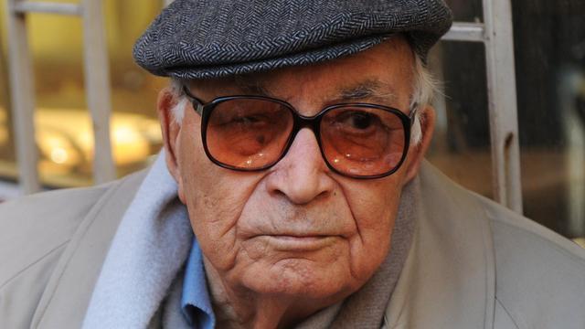 Turkse schrijver Yasar Kemal (91) overleden