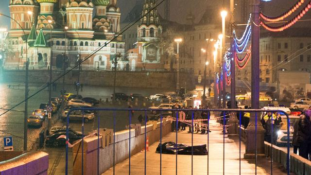Nieuwe informatie op video over moord Boris Nemtsov in Moskou
